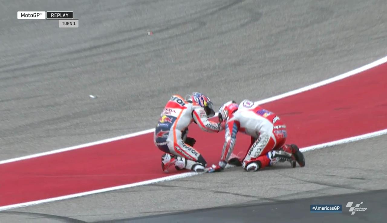 20160410_Austin_GP_Race_Pedrosa_Dovizioso_Clash
